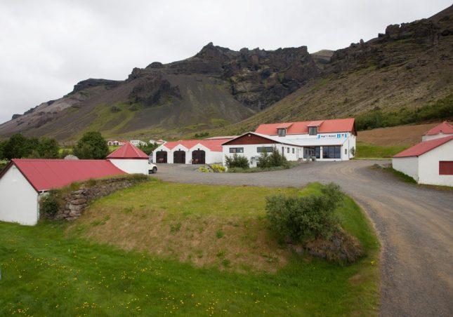 Hof 1 guesthouse - Visit Vatnajökull