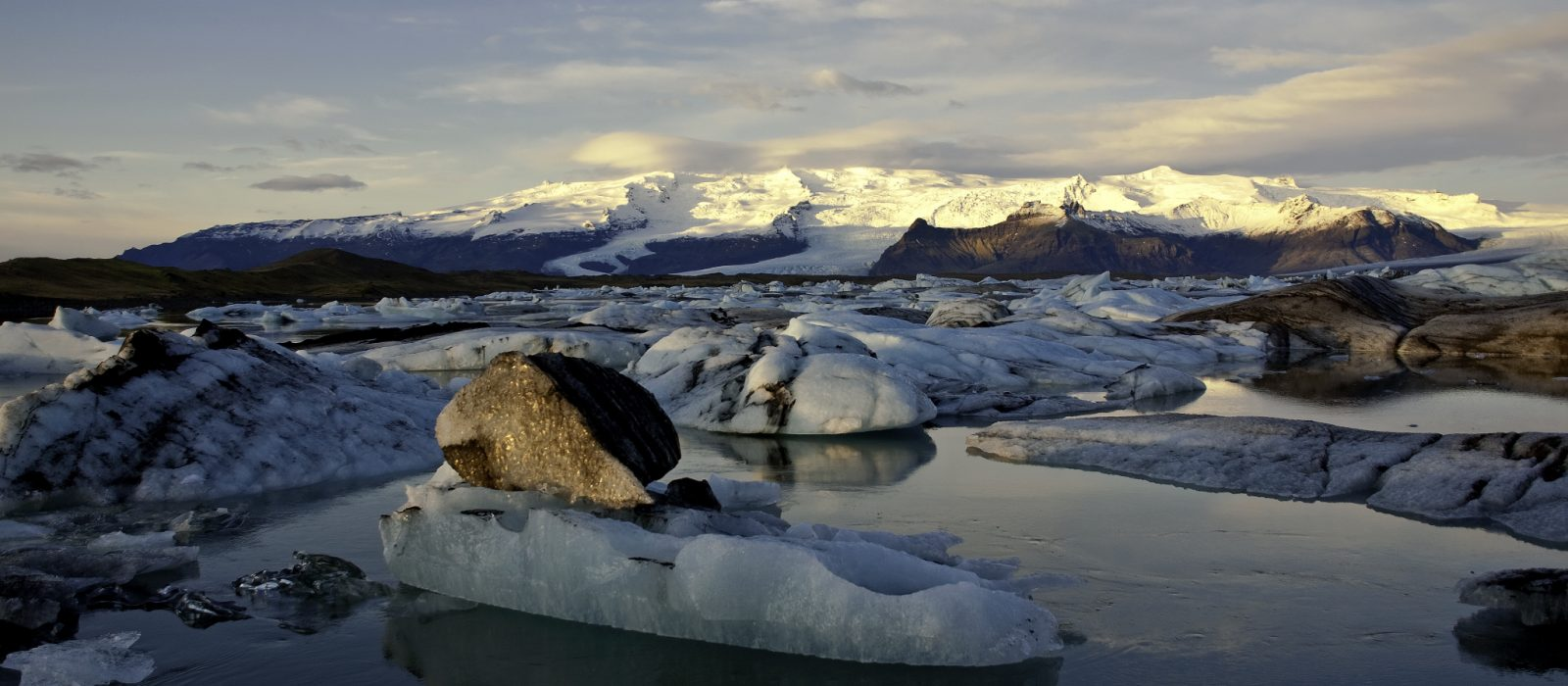 glacier lagoon - visit vatnajokull
